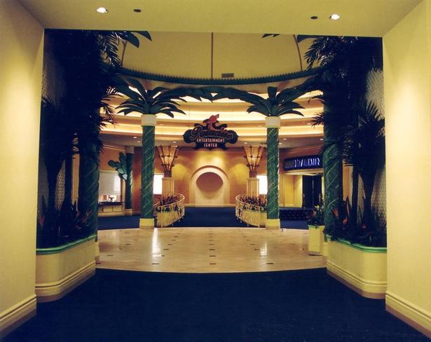 Isle of Capri Hotel Casino - Tunica Theater Entrance
