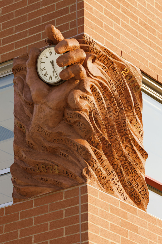sculpture, exterior