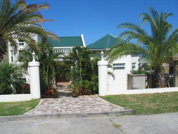 Deon Herbert's Residence Entrance