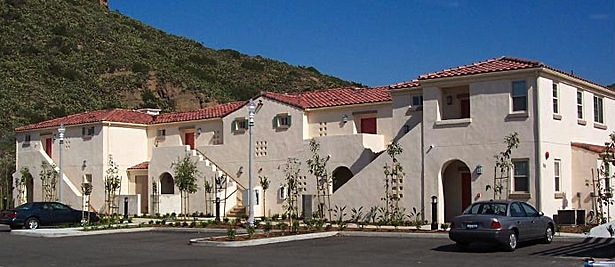 California State University Channel Islands (CSUCI) Faculty Housing (Apartments)