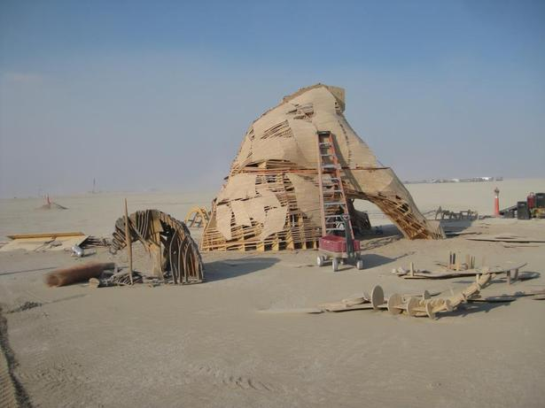 Construction on playa.