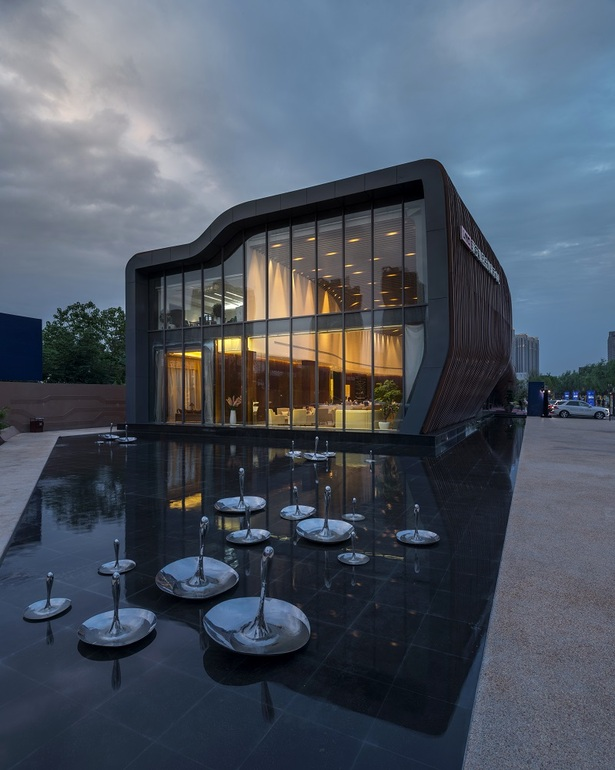 LAND Experience Center by Aedas