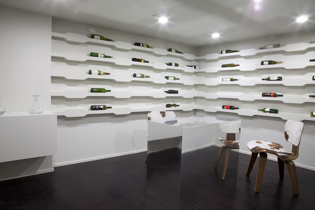Wine room (photo: Arshia Mahmoodi)