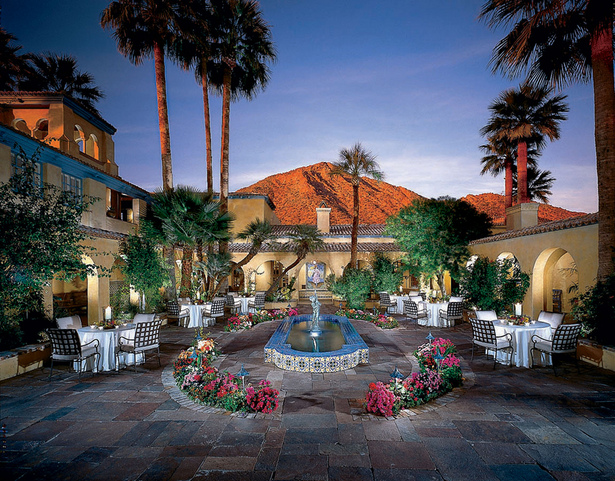 Royal Palms Courtyard