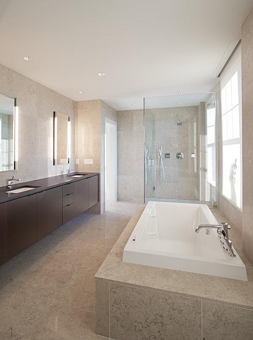 master bath - gascogne blue limestone