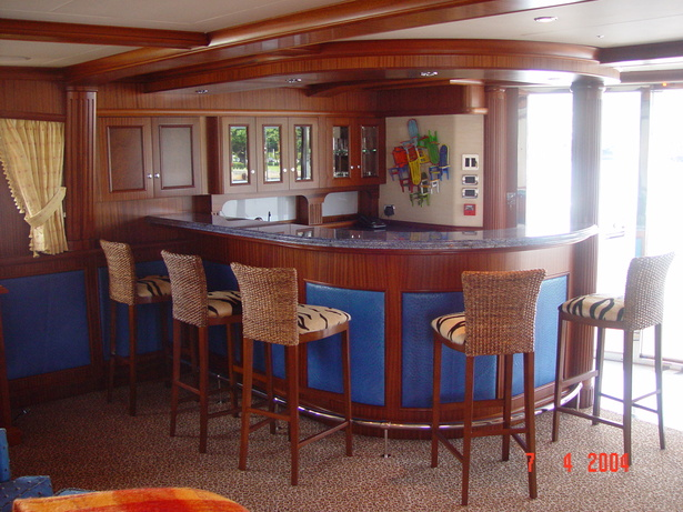 MoonSand - Interior Sky Lounge