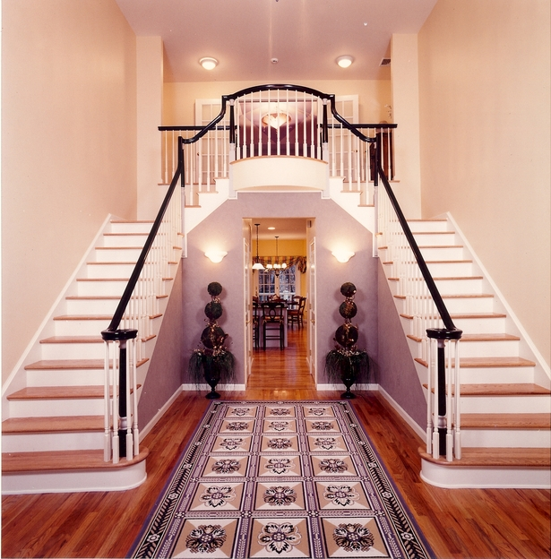 Double Staircase Foyer: Double Staircase Entry