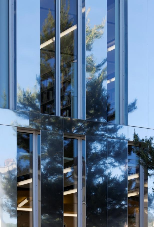 facade's detail - Didier Boy de la Tour