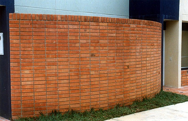 Face brick pattern