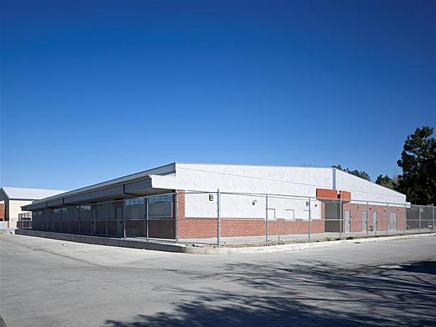 Custom Modular Science Building