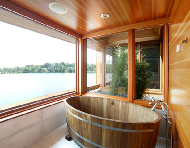CONNECTICUT LAKE HOUSE – Master bathing suite with pocket garden