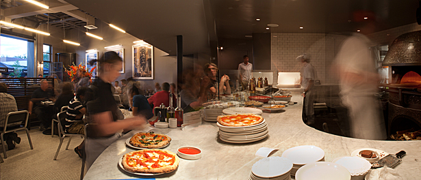Pizzeria Locale Pizza Counter