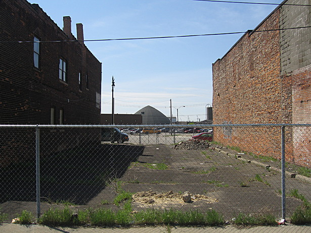 Vacant lot on Michigan Avenue