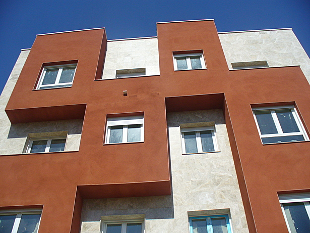 20 apartments building