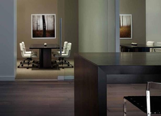 Lounge 1447 at the merchandise mart margaret undine for Interior design staffing agency chicago