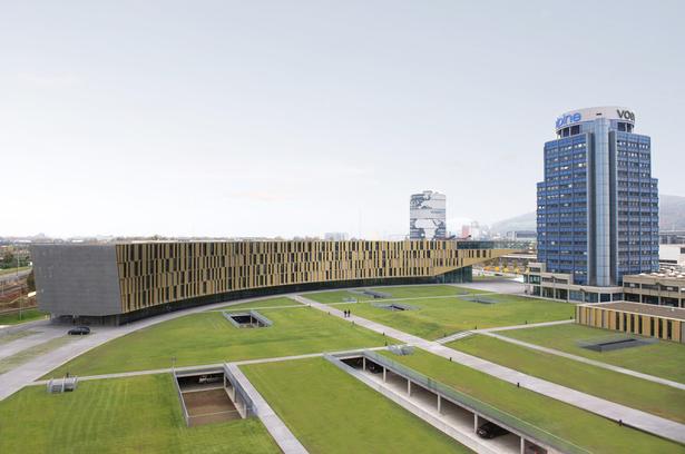 Parc design by landscape designer H.Y.L