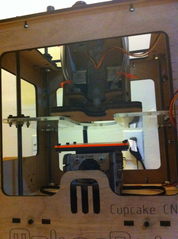 Frostruder MKII in Makerbot Cupcake CNC Bed