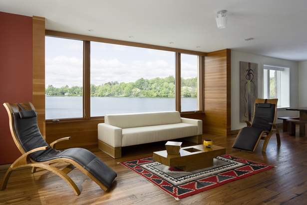 CONNECTICUT LAKE HOUSE – Living room