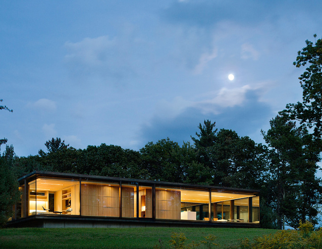 Architecture Merit Award Winner: LM Guest House in Dutchess County, NY by Desai/Chia Architecture (Image Credit: © Paul Warchol)