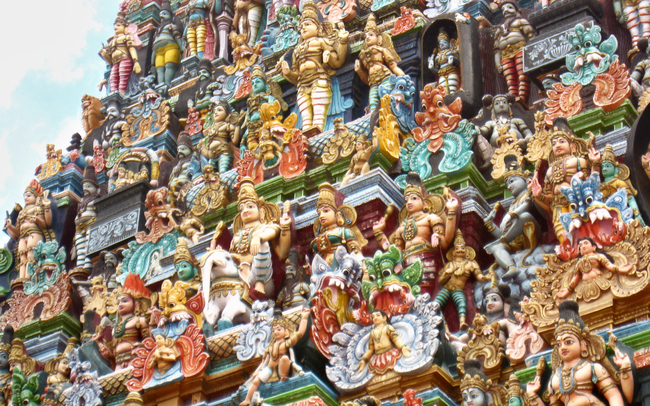 The stucco deities of the gopura
