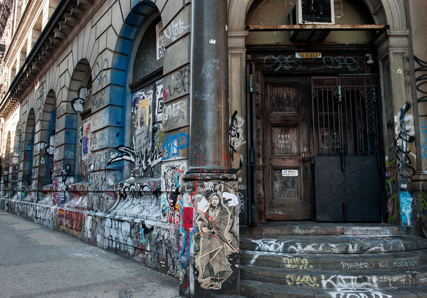 190 Bowery. Photo by Bryan Thomas via nytimes.com