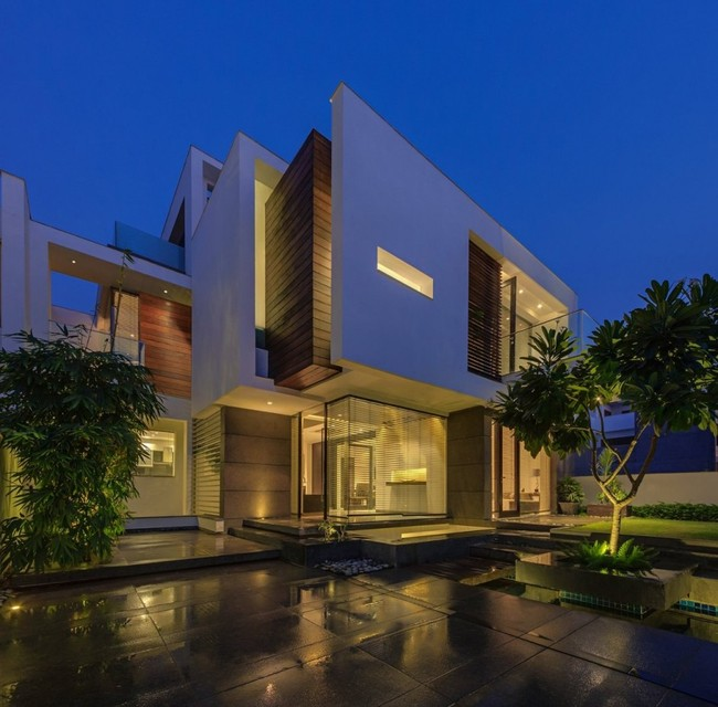 Modern Luxury House Design New Delhi Residence Pictures: Modern Home Design In Delhi, India