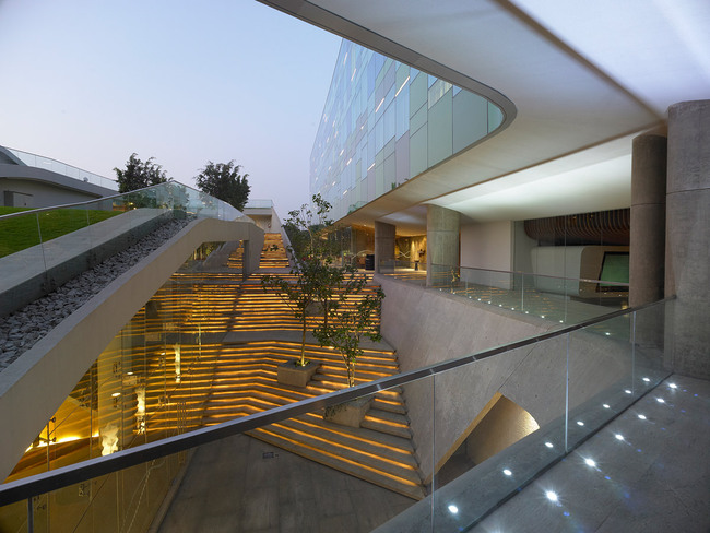 Commercial Building of the year award: WOW Architects with Vivanta Hotel, Bangalore, India