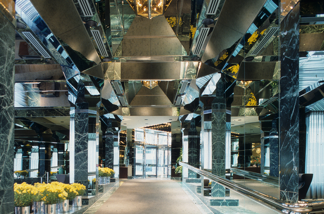 The Ambassador Grill and lobby, circa the mid-1980s; photo courtesy Kevin Roche John Dinkeloo and Associates. Via Curbed.