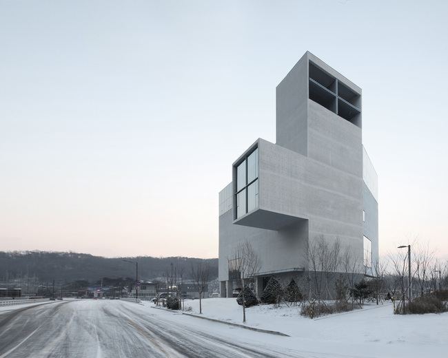 NAMELESS Architecture - RW Concrete Church, Byeollae, South Korea. Photo: NAMELESS Architecture