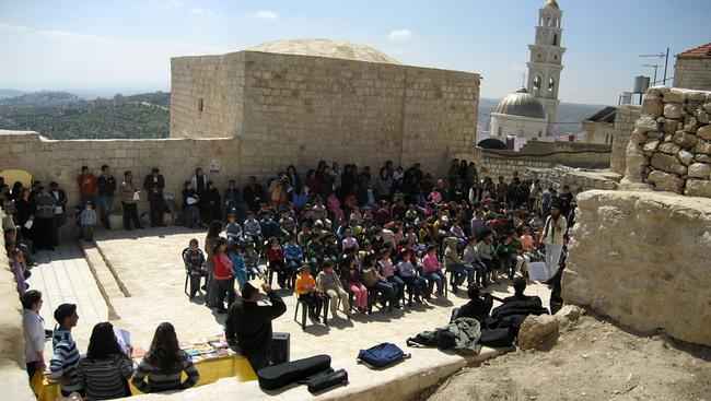 RIWAQ: Taybeh- Kids event 2009 (Photo: Riwaq Archive)