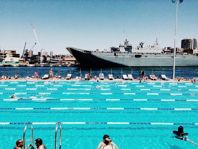 Andrew (Boy) Charlton Pool, designed by Lippman Partnership in 2002, Sydney, New South Wales (R)