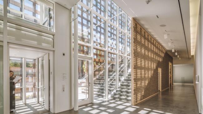 Screenshot of Shigeru Ban's Aspen Art Museum