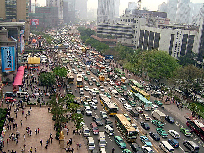 Guangzhou Bus Rapid-Transit System: BEFORE. Photo: © Karl Fjellstrom, Institute for Transportation & Development Policy