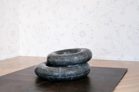 """Tyre"" (2016), rubber lifebuoy rings hewn in black and white marble. Image via theartnewspaper.com"