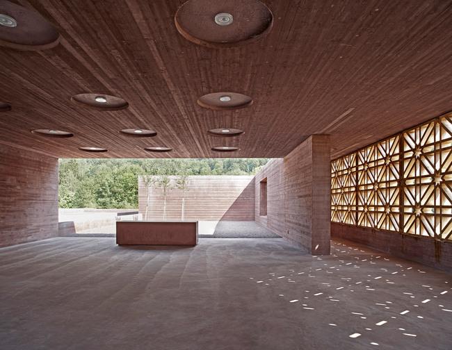 Islamic Cemetery: Congregation space. Photo: AKAA / Adolf Bereuter