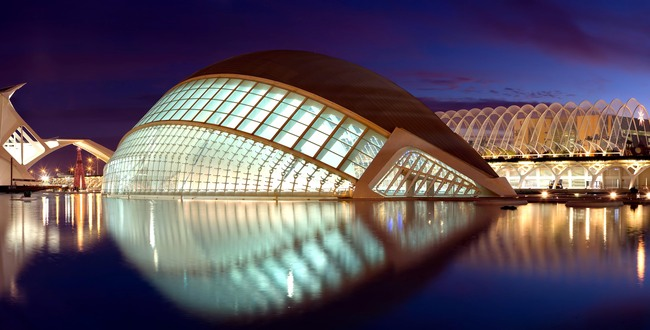 Calatrava's City of Arts and Sciences in Valencia, Spain (via Wikipedia)