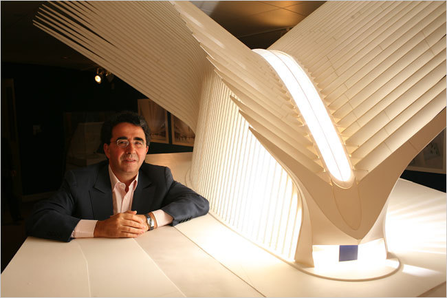 Calatrava with a model for the transportation hub. Image via forum.skyscraperpage.com.