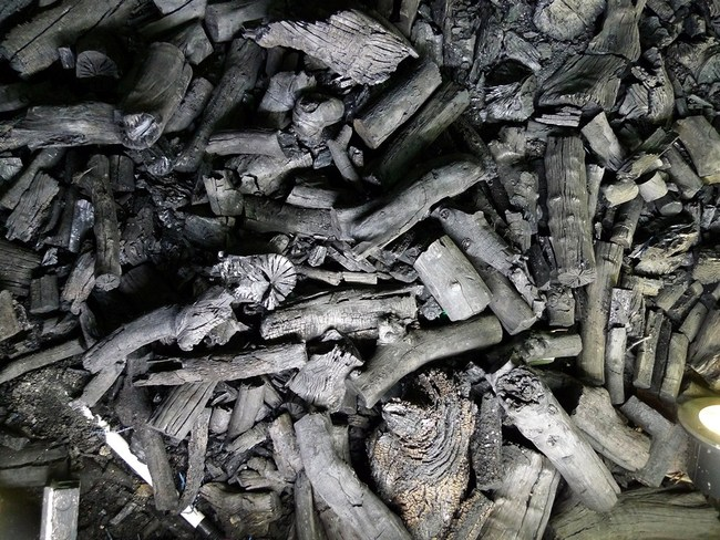 Coals used to heat silica to make plate glass