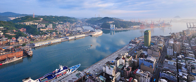 Aerial photo of the port of Keelung, Taiwan (image via the competition website)