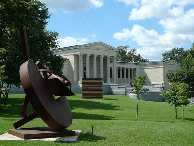 The Albright-Knox Art Gallery. (Photo: Mark Hogan; Image via theartnewspaper.com)