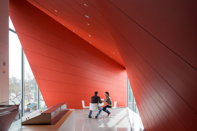 Diller Scofidio + Renfro, UC Berkeley Art Museum and Pacific Film Archive, 2016. Photo by Iwan Baan.