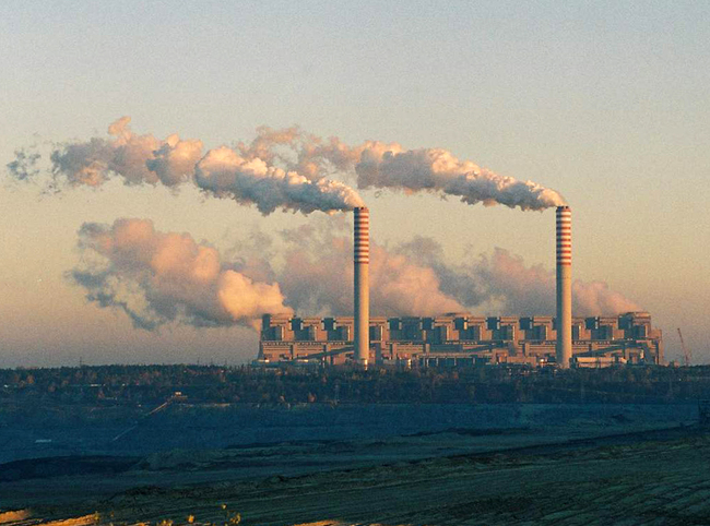 Major international companies have agreed to make the switch to renewable energies. Credit: Wikipedia