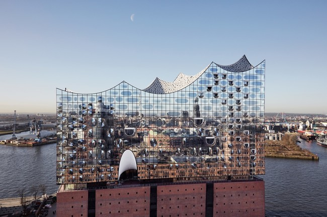 The Elbphilharmonie. Photo © Maxim Schulz.