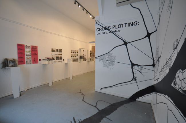 Cross-plotting- Detroit to Windsor exhibition via hsolie