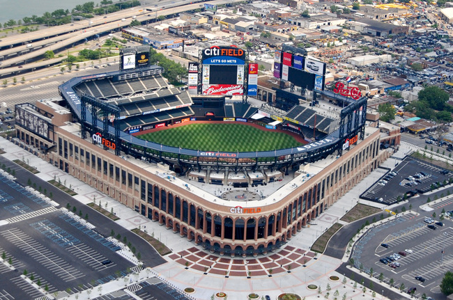 Citi Field in New York, where the Mets play and host to the 2015 World Series game between the Mets and Kansas City Royals (the Royals won). Designed by Populous. Image via wikipedia.org.