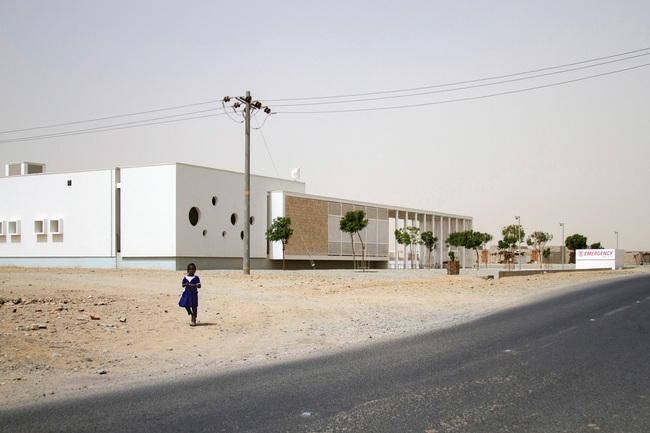 BUILDINGS winner: Port Sudan Paediatric Centre by Studio Tamassociati, Italy. Photo courtesy of Zumtobel Group Award 2014.