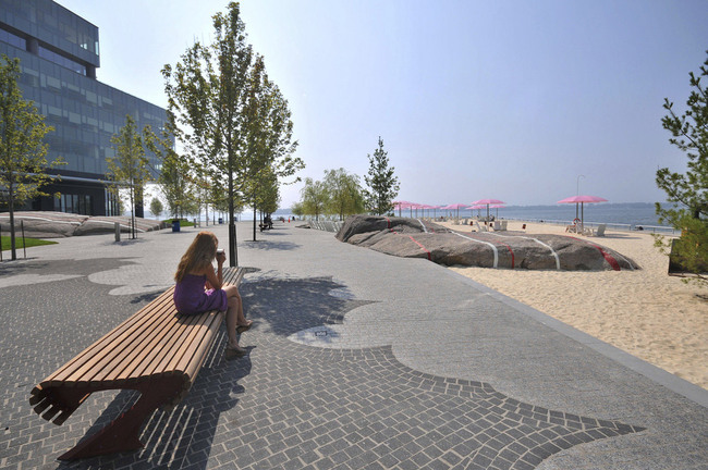People's Choice - Architecture - Landscape: Sugar Beach by Claude Cormier + Associés