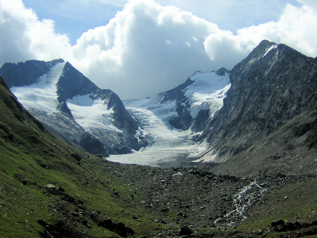 Melting glaciers in the Ötztal Alps separating Austria and Italy are redrawing the border between the two countries. Image via wikimedia.org