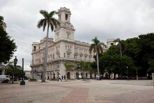 "The Palace of the Asturian Center, where the National Fine Arts Museum in Havana is showing ""African American Artists and Abstraction"". (The Art Newspaper; Photo: The Carol M. Highsmith Archive, Library of Congress, Prints and Photographs Division)"