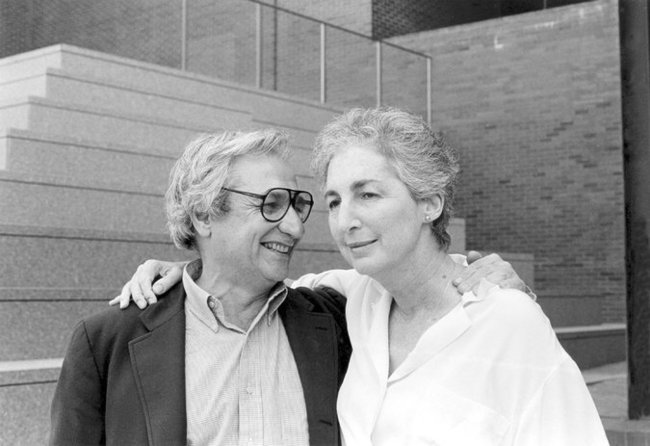 Mildred Friedman and Frank Gehry in 1986. Image: Walker Art Center Archives; via nytimes.com